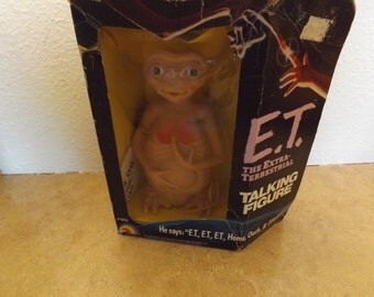 ET The Extra Terrestrial Talking figure in Original Box