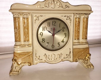 Windsor Mantle Clock made of Royal Oxford China with 22k Gold Details