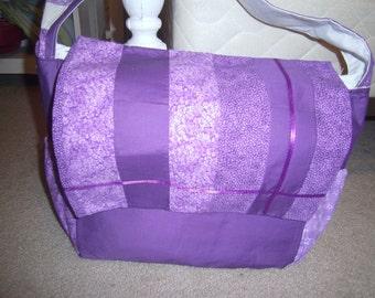 Lavender stripe organizer messenger diaper bag with multiple pockets