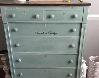 Shabby Chic Rustic Cottage Dresser/Chest