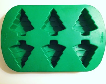Wilson Christmas Tree Silicone Mold, candy mold, cupcake mold, Christmas baking molds, bath bomb mold, baking mold