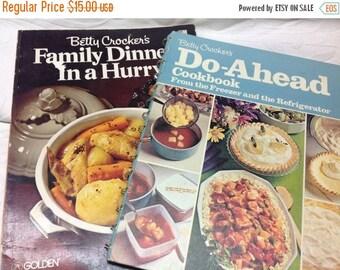 On Sale Cookbook Bundle - Two Betty Crocker Cook Books