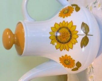 Alfred Meakin Sunflower pattern Glo white coffee pot tea