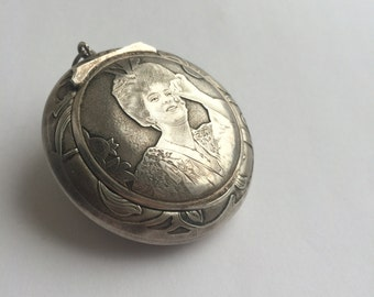 Extremely rare JAPONISM / Japonisme Art Nouveau sterling silver Geisha locket antique silver gifts for her solid silver antique pendants