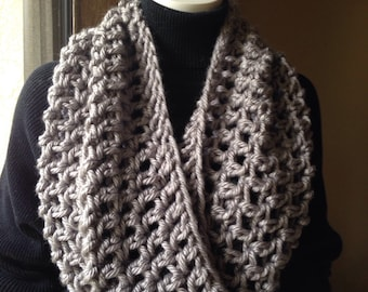Chunky Infinity Scarf Cowl Eternity Circle Loop Fashion Crochet  Gray