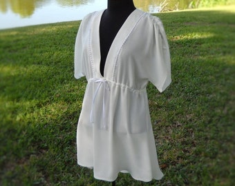 White Beach Cover up or Tunic - Size Medium