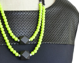 anthropologie necklace / neon bead necklace / neon jewelry / neon yellow / black and yellow / statement necklace / multi-strand