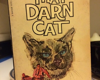 That Darn Cat vintage paperback book, cat fiction book
