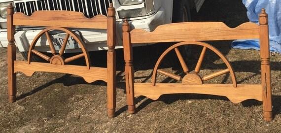 Twin Western Cowboy Wagon Wheel Bed Headboard Footboard Set