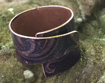 Multi size wrap around etched copper ring
