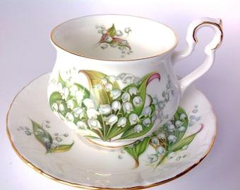 Vintage Royal Albert Teacup & Saucer Tennyson Sonnet Series Bone China England