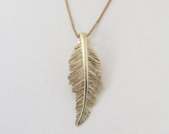 14K Solid Gold Leaf Necklace, Solid Gold Feather Necklace, Solid Gold Feather Pendant, Delicate Dainty Leaf Necklace, Solid Gold Leaf Charm.