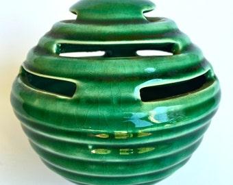 Vintage Camark Pottery Ceramic Beehive Flower Frog Centerpiece Vase Green Glaze