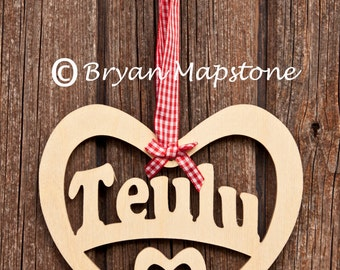 Teulu (Family) heart