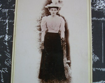 1880's Cabinet Card Photo of Young Woman with Piercing Eyes - Hall Ground Floor Gallery - Meadville, PA