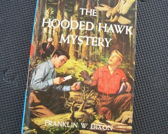 1954 Edition The Hardy Boys - The Hooded Hawk Mystery (Number 34) - Hard Cover