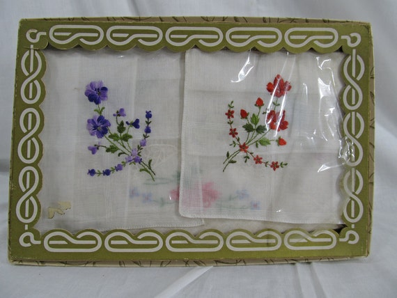 Antique Vintage Box Handkerchief Made in Switzerland All Cotton RN 14850 x3 Handkerchiefs Collector Gift Embroidered Floral Rare