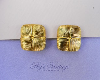 Vintage Gold Tone Shoe / Fur Clips, Vintage Fashion Accessory