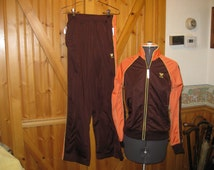 Vtg TYR 2 piece work out suit/ jogging suit/ running suit melon brown XS sweet vtg for the gym free ship