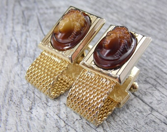 """Vintage Signed """"Hickok"""" Cameo Men's Cuff Links"""