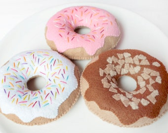 Felt Donuts Set of 3 Plush Toy for Pretend Play, Felt Food, Play Kitchen, Play Food, Tea Party, Raspberry Chocolate Vanilla Doughnuts