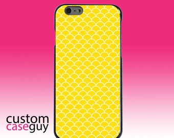 Hard Snap-On Case for Apple 5 5S SE 6 6S 7 Plus - CUSTOM Monogram - Any Colors - Yellow White Scalloped Pattern