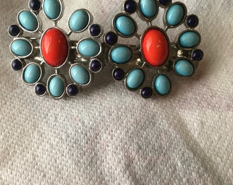 Turquoise and red flower barrette