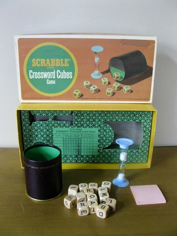 1964 SCRABBLE CROSSWORD CUBES game Selchow & Righter Co