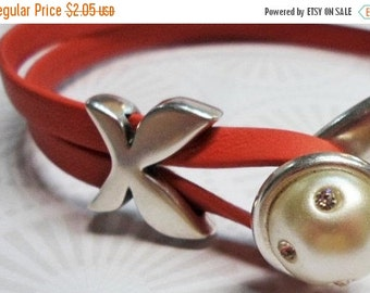 SALE 2 Flat 10mm Butterfly Bar Sliders,  Leather Bracelet Finding, Antique Silver, Jewelry Supplies,