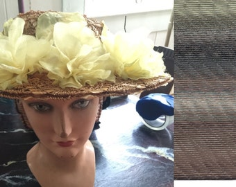 A handwoven floral straw hat,chapeau,late 40s,Christene,New York,5th avenue
