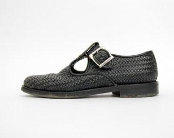 Vintage Shoes // Handmade Italian Black Leather Woven Mary Janes // Lavorazione Artigiana
