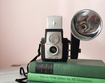 Vintage Brownie Starflex Camera / Mid Century decor