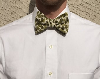 Forest Bow Tie
