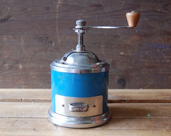 Vintage coffee grinder, Mechanical coffee mill with working mechanism, Turquise kitchenware, Food grinder, Old grinder, Vintage houseware