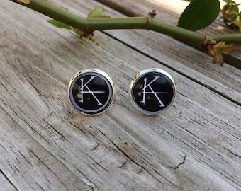 KA The Dark Tower/Stephen King Silver Stud Earrings. Black.
