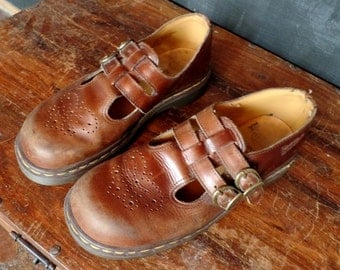 VTG Made In England/Chestnut Brown/ Mary Jane Doc Martens/US 9/ Eur 41