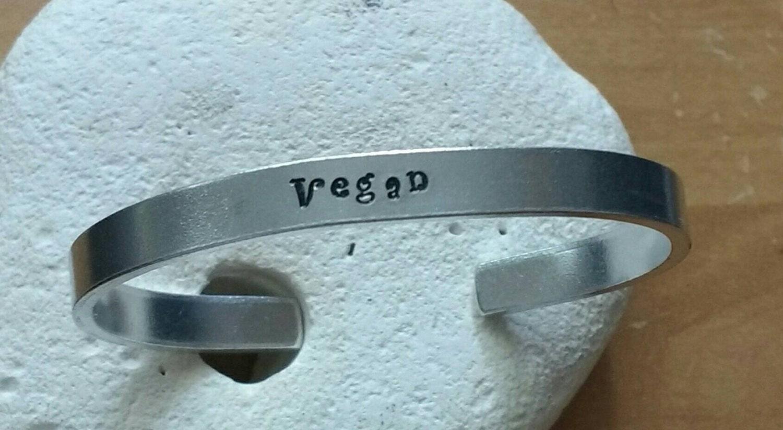 Vegan word bracelet - adjustable - handstamped