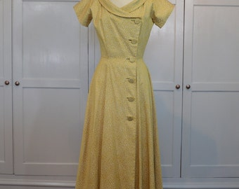 Saks Fifth Avenue Gold and Cream Brocade 1950s Gown