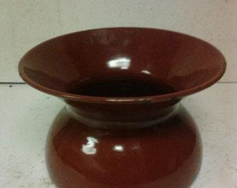 Porcelain spittoon