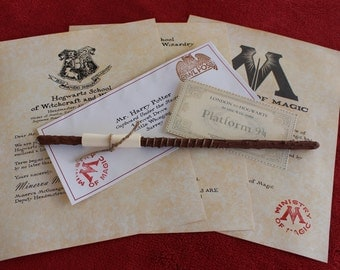 Harry Potter Hogwarts Acceptance Letter including Wizard Wand