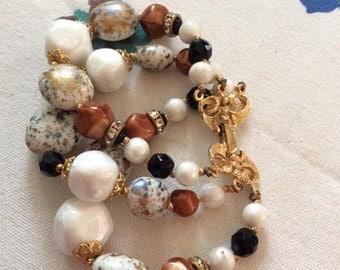 Vintage 1950s Bracelet Plastic Beads Gold Tone Metal Rhinestone Signed Deauville