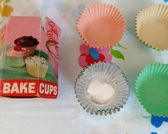 Vintage Betty Brite Cupcake Paper Cups In Original Box Cupcake Wrappers Cupcake Liners