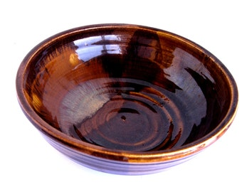 "10"" Stoneware Salad Bowl"
