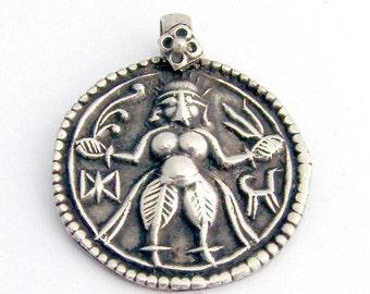 SaLe! sALe! Indian Pendant Sterling Silver
