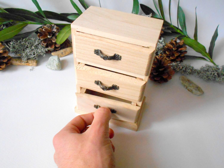 holzkiste mit schubladen andenken schmuck box. Black Bedroom Furniture Sets. Home Design Ideas