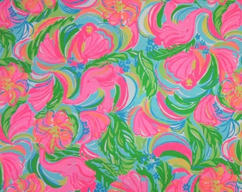 "17"" x 18"" Lilly Pulitzer Fabric So A Peeling"