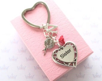 Sister keychain - Personalised Sister keyring - Sister Birthday - Yarn ball keychain - Initial keyring - Knitting keyring - Sister gift - UK