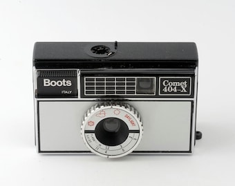 Boots Comet 404-X Instamatic 126 Film Camera with Case - Working