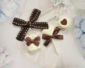 brooch white chocolate