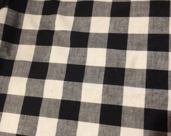 "Black & white checkered Fabric  linen-like  4 yards x 52"" wide"
